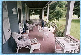 Quiet House Bed & Breakfast & Cottages