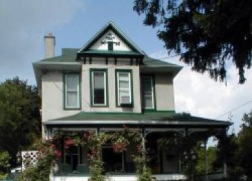Fairbanks House Bed and Breakfast