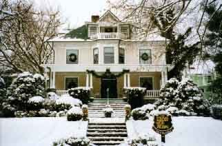 The Lion & The Rose Bed & Breakfast