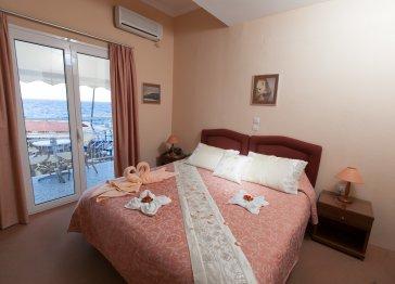 AMMOUDIA-NAUTILUS HOTEL
