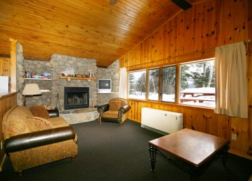 Northern MN cabin w/fireplace-families & honeymooners