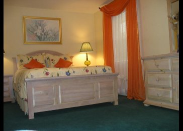 Attractive PINE SUITE at B&B/Hotel Garni SUSAN'S VILLA