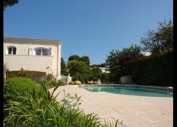 Exclusive Villa La Pinède