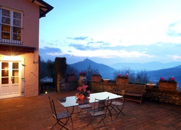 Lovely Country Villa Close the Beaches and 5Terre