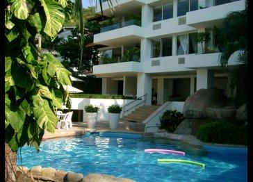 Las Penas Condominium #101