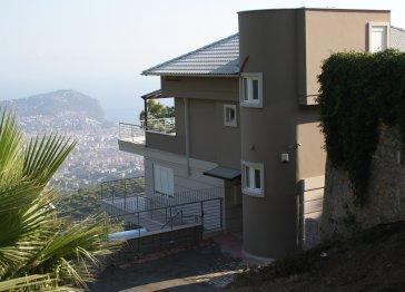 Villa Mira