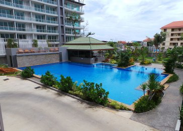 Nice Condominium in Pratumnak Hill , Pattaya
