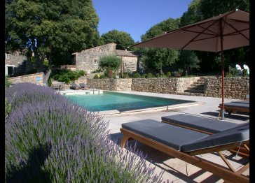 Provencal cottage near uzes