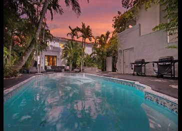 15 Room Art Deco Pool Villa Mansion Estate