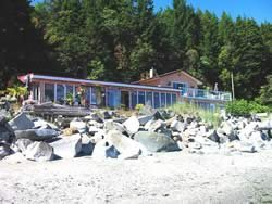 Vancouver Island Oceanfront Vacation Rental B&B