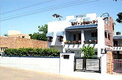 Nora Villa Indian Home Stay