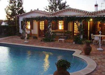 Luscious Lagos Villa in 2.5 acres of Mature Gardens