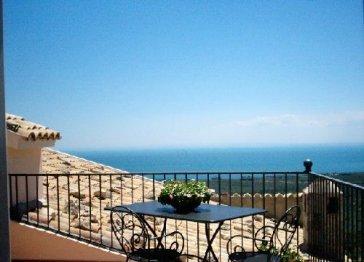 GARGANO Delightful terraced self catered suite, Historical Villa