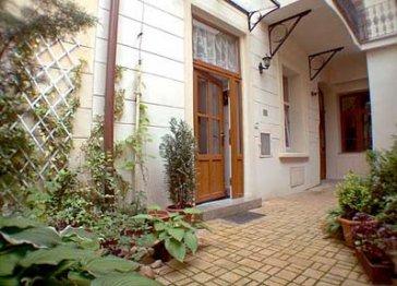 Apartment Hastalska street