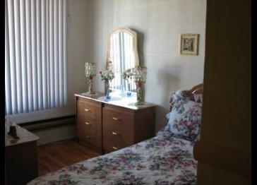 Short term rental. Unit 2. Montreal /Plateau Mont-Royal