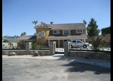 Luxury 5BR/4BA Home with Loft