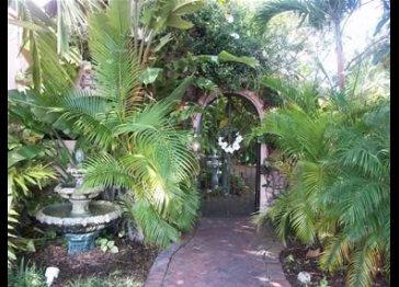 Pasa Tiempo Private Waterfront Resort & Residence