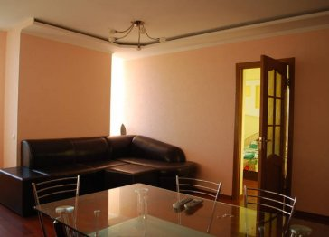 Small and cozy apartment in Chisinau center