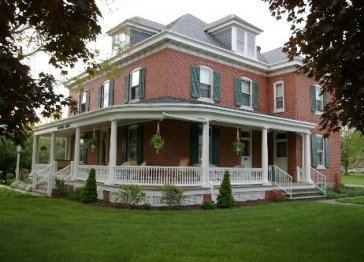 Walnut Lawn Bed and Breakfast