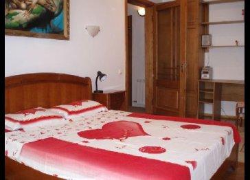 Refurbished apartment rental in Chisinau city center