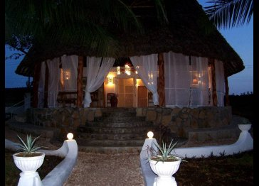 Villa for vacation holiday by the sea in kenya