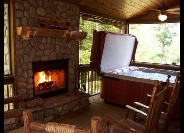 Blue Ridge Luxury Mountain Cabin - North GA Mountains