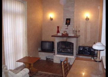 2 bedroom apartment right on Stefan cel Mare