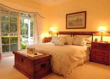 Noosa Valley Manor Luxury B & B