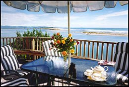 BLUE TIDES BEACHFRONT BED AND BREAKFAST