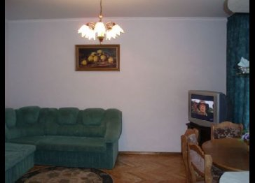 Renovated apartment on Stefan cel Mare 6