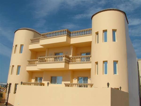 Villa Amirah