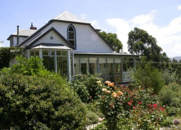 Riseley Cottage Country Accommodation