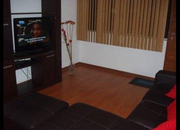 Miraflores Apartment (madrid street)