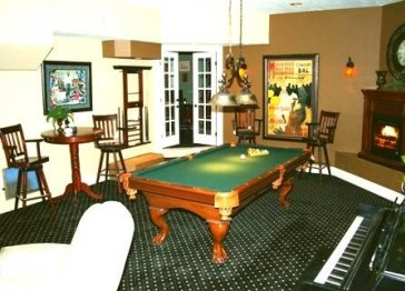 Gorgeous Estate! Hot tub, Gameroom, State of the art!