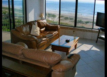Oceanfront Penthouse, Pools, Jacuzzi, WiFi & Hdtv