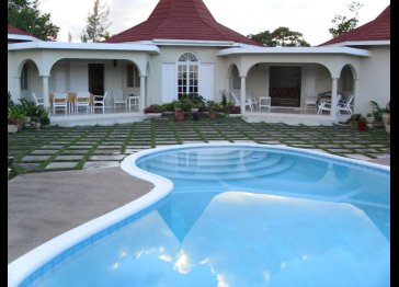 Affordable vacation house in Runaway Bay Jamaica