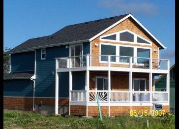 Bob's Pacific Beach House