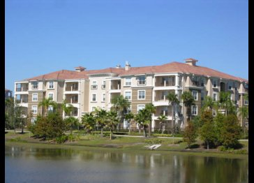 5012 Shoreway Loop unit 106-2 bedroom condo Vista Cay Resort