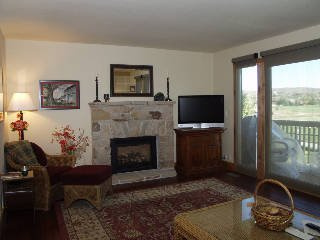 Spacious Townhome with Great Value & Location