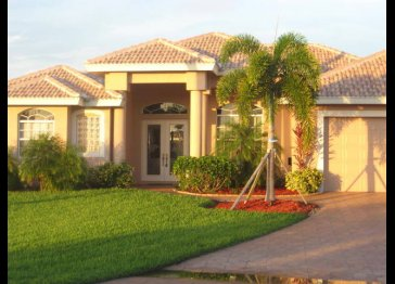 Villa Oasis - Gorgeous house On Water Canal - with Gulf Acce