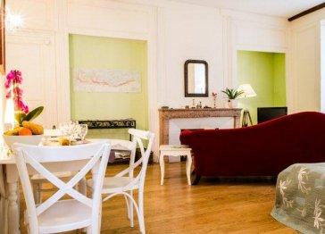 Elegant apartment for 2 in the heart of Burgundy