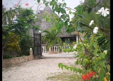 Giriama Residence