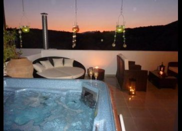 Rhodes Villa with pool and jacuzzi