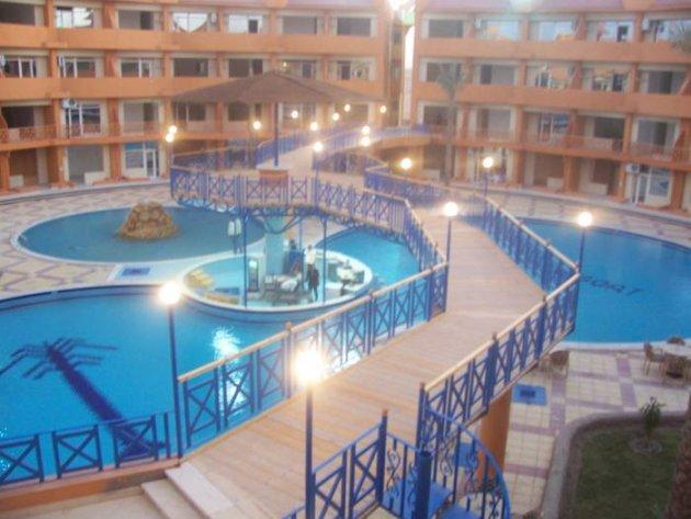 Oasis Resort interior