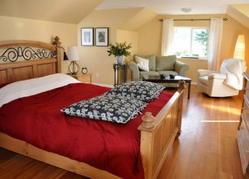 Packhouse Bed & Breakfast