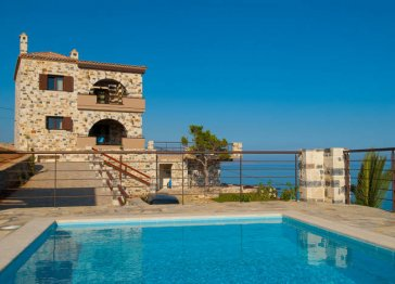 6 guest newly built luxury Villa in Crete
