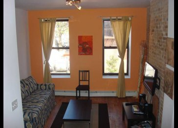 Brownstone 2 Bedroom Apartment - Heart of Brooklyn