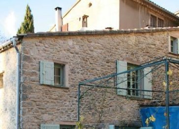 Beautifully restored Provencal property