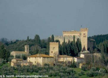 Apartment in a Medieval Tower between Florence and Siena.