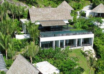 Villa Yang, Stunning Clifftop Ocean View Villa